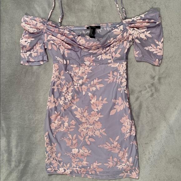 Forever 21 Dresses & Skirts - Forever 21 Floral Mini Dress